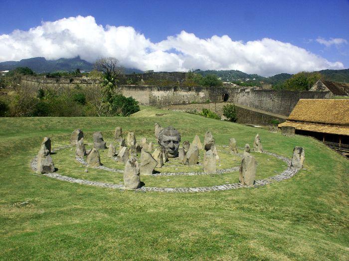 Anthologie les sacrifiés de Guadeloupe 1802-2013